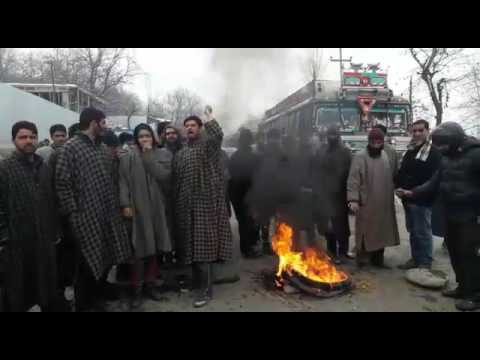 People protest against PDD, block Leh-Kargil Highway